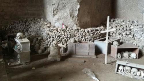 Visita didattica al Cimitero delle Fontanelle (28/4/2017)